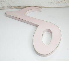 Musiknote aus Holz Shabby Chic rosa 29,5 cm von RaiKa Country House auf DaWanda.com