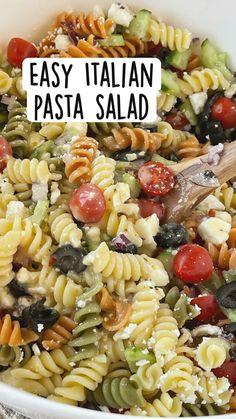 Easy Pasta Salad Recipe, Best Pasta Salad, Summer Pasta Salad, Pasta Salad Italian, Pasta Salad With Feta, Pasta Salad With Chicken, Pasta Salad Recipes Cold, Healthy Macaroni Salad, Easy Cold Pasta Salad