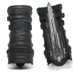 Assassin's Creed Black Flag Edward Kenway Gauntlet Replica Hidden Blade Cosplay in Video Games & Consoles   eBay