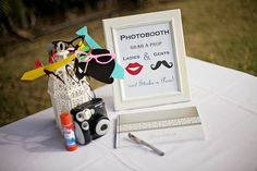 Cute signs for your guests to follow always work! Photo by What a Day! Wedding by Moana Events #photobooth #wedding