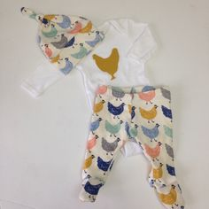 Chicken Baby Set, Newborn 3m Gender Neutral Outfit, Unisex chicken outfit, newborn footed leggings & hat by GiaRoseDesigns on Etsy https://www.etsy.com/listing/261880038/chicken-baby-set-newborn-3m-gender