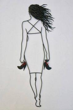 07-Teodosio-Sectio-Aurea-Wire-Art-Drawings-www-designstack-co
