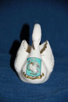 A crested Carlton ware swan with the crest of Aylesbury, black stamp to base. Carlton Ware, Pottery, Stamp, China, Tea, Antiques, Souvenir, Ceramica, Antiquities