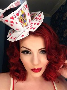 How to make a Queen of Hearts teacup fascinator from playing cards. #PlayingCards