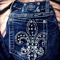 Miss Me jeans Miss me 28 boot cut style bling jeans inseam32 .good condition Miss Me Jeans Boot Cut
