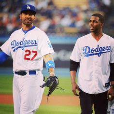 Happy 30th Bday to my bro @therealmattkemp! Proud to call you a friend and wishing you nothing but the best as you lead your team the rest of the way!