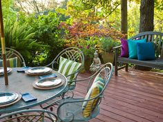Optimize Your Small Outdoor Space | HGTV