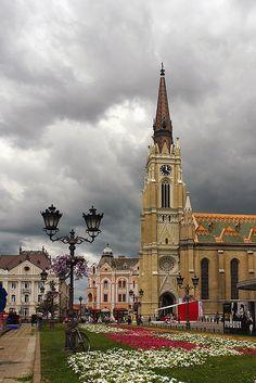 Clouds above Novi Sad in Vojvodina, Serbia (by Ranko Mirkov Djurovic).