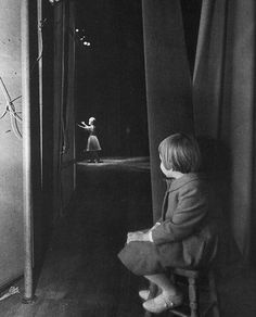 Carrie Fisher enjoying the performance by her mother Debbie Reynolds.
