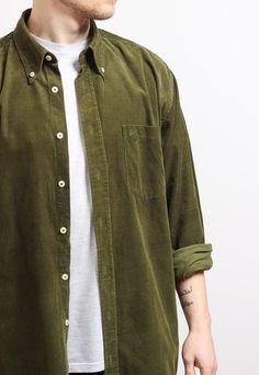 d94b44cf09 Excellent vintage condition corduroy shirt. SIZE - X Large   Pit to pit 25