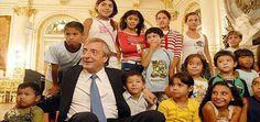 Website oficial de Cristina Fernandez de Kirchner, Presidenta de la Nación Argentina Nestor Kirchner, Clint Eastwood, Ten, Victoria, Popular, Llamas, Couple Photos, Couples, Website