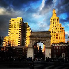 http://washingtonsquareparkerz.com/washingtonsquarepark-sunset-nyc-2/ | #washingtonsquarepark #sunset #nyc
