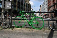 Берлин вводит «зеленую волну» для велосипедистов.