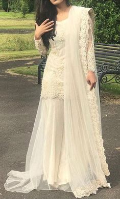 Ideas for white lace/embroidery outfits Shadi Dresses, Pakistani Dress Design, Pakistani Wedding Dresses, Indian Wedding Outfits, Pakistani Outfits, Indian Dresses, Indian Outfits, Pakistani Party Wear, Indian Designer Outfits