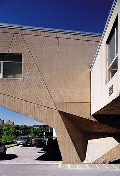 Begrisch Hall at the Bronx Community College, Bronx, New York by Marcel Breuer in 1964