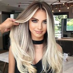 Luxury Blonde Balayage Wig / Blonde Human Hair Wig / Density Ombré Lace Front Wig The Effective Brown Hair Balayage, Brown Blonde Hair, Hair Color Balayage, Blonde Wig, Cream Blonde Hair, Dark Eyebrows Blonde Hair, Beachy Blonde Hair, Babylights Blonde, Light Blonde Balayage