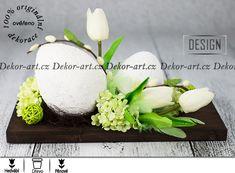 Dekorace s moderními velikonočními vajíčky