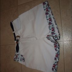 $3 A. Byer high waisted floral belted shorts Excellent condition! Has cute floral belt that is remove able! A. Byer Shorts
