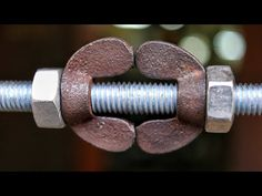 Idea for clamping In this tutorial i'am showing how you can make a clamping tool with simple nut and bolt by using any square pipe this is so useful because . Metal Bending Tools, Metal Working Tools, Metal Tools, Donat Maker, Cool Tools, Diy Tools, Diy Org, Concrete Tools, Fabrication Tools