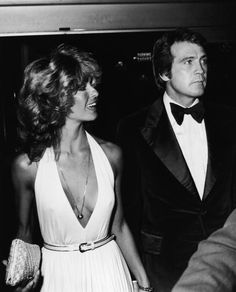Farrah Fawcett and Lee Majors, the million dollar couple, 1977. (Photo by Frank Edwards/Fotos International/Getty Images)