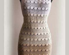 Crochet Dress Pattern No11 Sizes from New born to XXL por Illiana