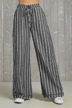 Casual Striped Self-tie Wide Leg Pants – immorgo Cotton Pants, Linen Pants, Plazzo Pants, Fashion Pants, Fashion Outfits, Pantalon Large, Plus Size Pants, Mode Style, Muslim Fashion
