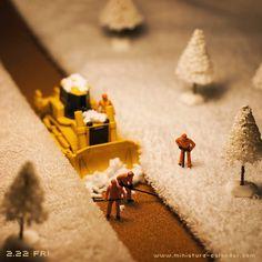 Open a path http://miniature-calendar.com/130222/