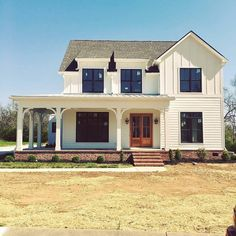 02 rustic farmhouse exterior design ideas - House Plans, Home Plan Designs, Floor Plans and Blueprints White Farmhouse Exterior, Farmhouse Design, Rustic Farmhouse, Farmhouse Style, Country Style, Simple Farmhouse Plans, Farmhouse Ideas, Rustic House Design, Farmhouse House Plans