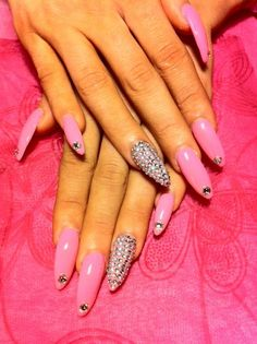 Nice pointed nail shape design.