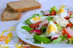 sałatka wiosenna z jajkiem