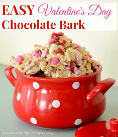 Looking for a quick and easy treat for Valentine's Day that would be great for a school party or just a little heartfelt gift? Easy Valentine's Day Chocolate Bark. sunshineandhurricanes.com