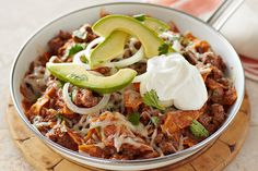 8 points Beef Chilaquiles You may never make hamburgers again when you see what ground beef can do in this cheesy, creamy, zesty Beef Chilaquiles recipe. Kraft Recipes, Beef Recipes, Mexican Food Recipes, Dinner Recipes, Ethnic Recipes, Kraft Foods, Mexican Cooking, Dinner Ideas, Recipies