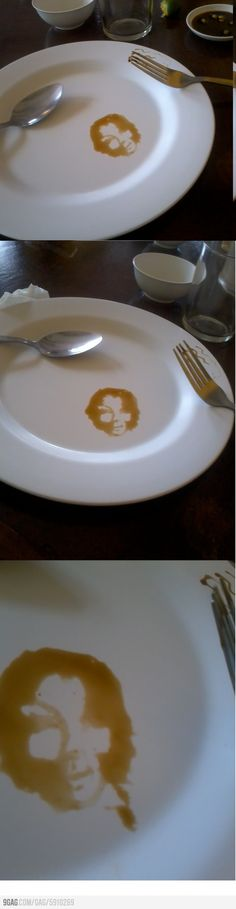 Face on the plate