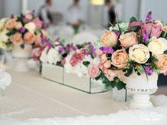 Wedding Designs, Films, Table Decorations, Home Decor, Movies, Decoration Home, Room Decor, Cinema, Movie