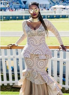 Shweshwe and lace fabrics for summer festive evening - Reny styles South African Traditional Dresses, Traditional Dresses Designs, Traditional Outfits, African Dresses For Women, African Wear, African Print Fashion, Africa Fashion, Seshweshwe Dresses, Wedding Dresses