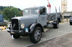 Cool Trucks, Big Trucks, Mack Trucks, Monty Python, Fire Dept, Classic Trucks, Buses, Antique Cars, Jeep