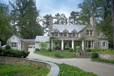 Country manor, Atlanta. Land Plus Associates.