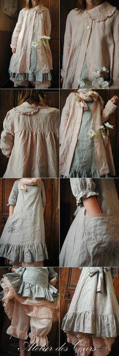 MLLE CLARA : Veste rose en lin, robe en lin celadon uni (existe aussi en rose), écharpe liberty rose, jupon