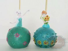 Anna and Elsa Disney Frozen candy apples Frozen Fever Party, Frozen Birthday Party, 4th Birthday, Terrible Twos, Disney Princess Party, Candy Party, Candy Apples, Party Themes, Party Ideas