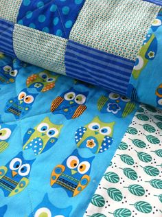 Baby quilt for baby boy and baby girl/baby's room accent/happy owls