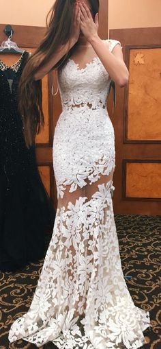 White Lace Gown // Aww Outfit