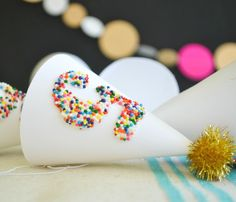 Sprinkled Mini Party Hats... | Jacks and Kate/ Facile!!!