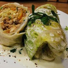"""Páči sa mi to: 182, komentáre: 4 – Antónia Mačingová (@antonia_macingova) na Instagrame: """"Niečo pre vegetariánov 🙂.  Pri príprave mäsovej rolky som pozabudla na to, že pred rolovaním…"""" Cabbage, Vegetables, Food, Food Food, Essen, Cabbages, Vegetable Recipes, Meals, Yemek"""
