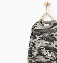 Imagem 3 de Sweatshirt camuflagem urso da Zara