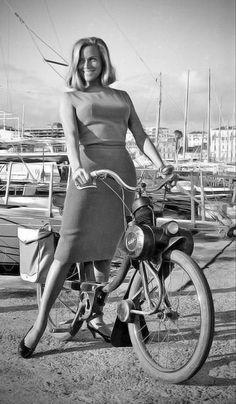 Pin Up, James Bond Girls, Hot Rods, Avengers Girl, Bond Cars, Scooter Girl, Vespa Girl, Bicycle Girl, Biker Girl