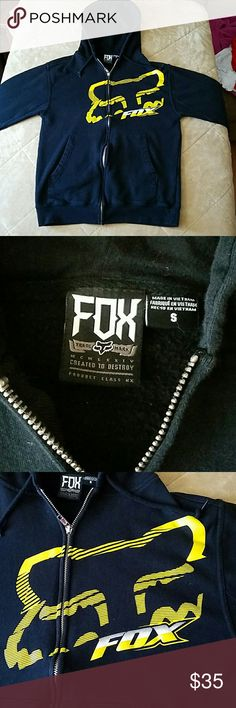**LIKE NEW** Unisex Fox Zip Up Hoodie Size Small This is in like new condition and can be for either sex. Super nice! Fox Jackets & Coats