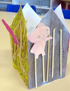 maison petit cochon 4 faces 3 Little Pigs Activities, Fairy Tale Activities, Preschool Activities, Wolf, Creative Curriculum, Three Little Pigs, Little Red, 3 D, Fairy Tales