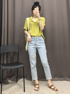 The color is gorgeous Korean Fashion Trends, Korean Street Fashion, Korea Fashion, Asian Fashion, Trendy Fashion, Girl Fashion, Simple Outfits, Chic Outfits, Trendy Outfits