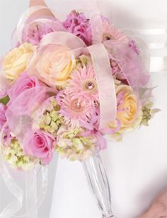 Creating a Bouquet Using the Gala® Bouquet Holder