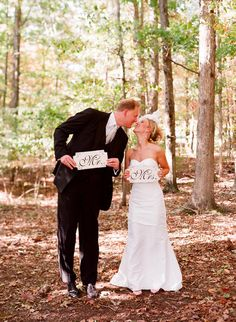 Cool wedding photo idea... Corey and I could do this cause he's sontall